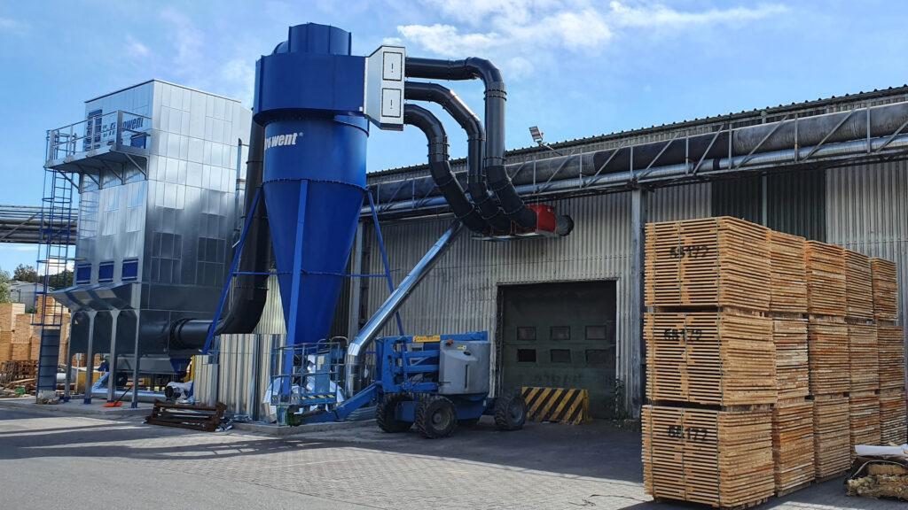 Odpylacz z wstępnym odpylaczem cyklonowym, separacja pyłów i odpadów, odpylanie w przemyśle