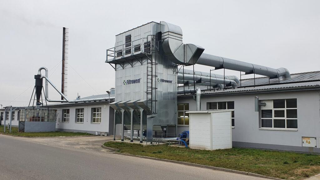 przemysłowy odpylacz filtracyjny do zakładu stolarskiego, stolarni
